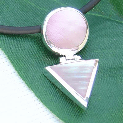 Pretty Triangle Round Link Sterling Silver Pendant