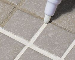 A Top-Notch Quick Fix for Dirty Grout