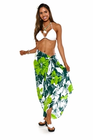 "Floral Sarong ""Amazonia"" Jungle Green and White - Fringeless Sarong"