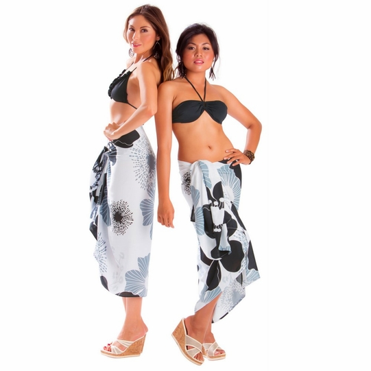 "Floral Sarong ""Timeless Tiffany"" Black and White - Fringeless Sarong"