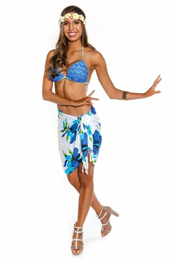 Hanalei Floral Half Sarong in Turquoise/White�
