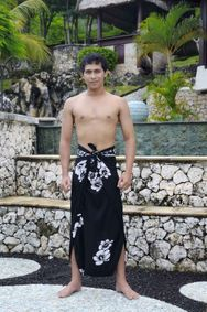 Mens PLUS Size Fringeless (TM) Hibiscus Sarong in White / Black