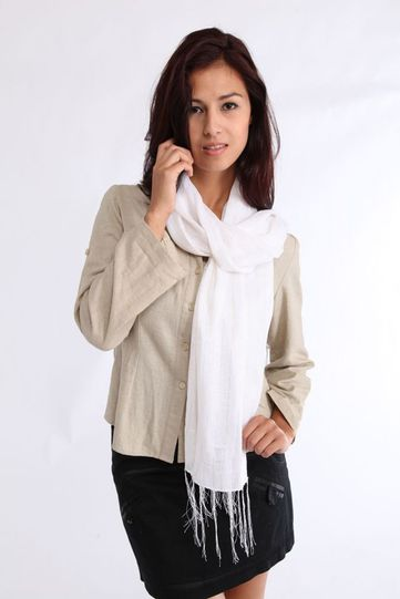 Woven Scarf With Gold Thread in White