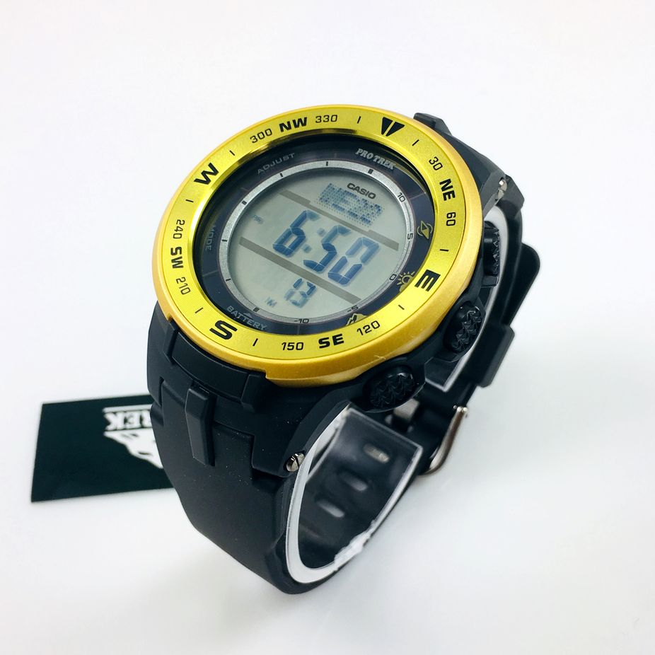 Casio Pro Trek Pathfinder Compass Altimeter Thermometer Watch PRG330-9A