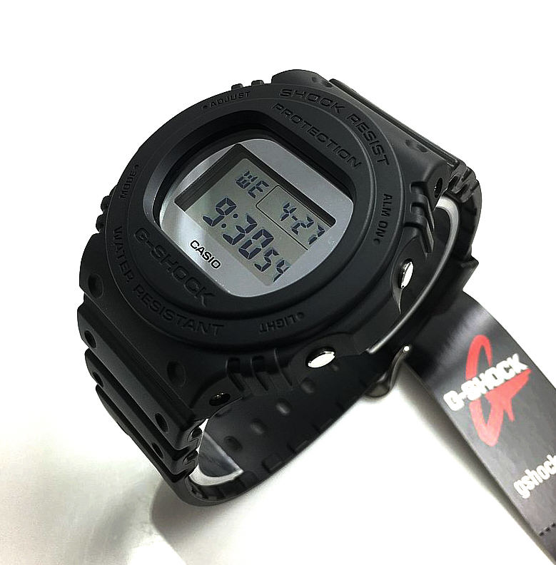 Men's Casio G-Shock Classic Mirror Face Digital Sports Watch DW5700BBMA-1