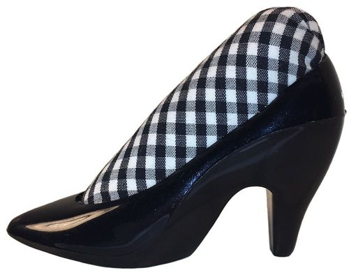 Black Shoe w/Black & White Gingham Pincushion