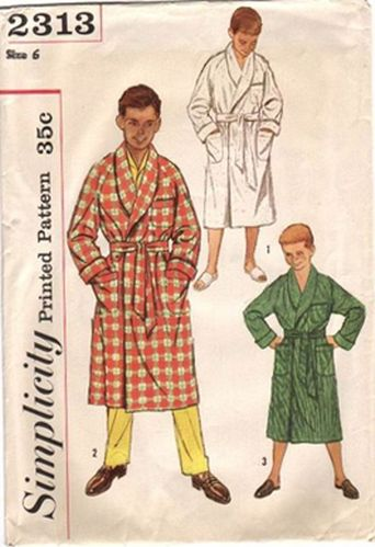 """Simplicity 2313 Robe, Size 6, Chest 24"""""""