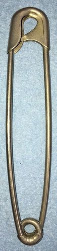 """Vintage Giant 4 7/16"""" Blanket Safety Pin w/Guarded Coil"""