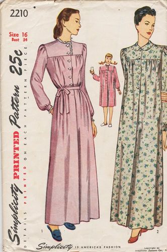 """Vogue 2210 Nightgown, Bust 34"""""""
