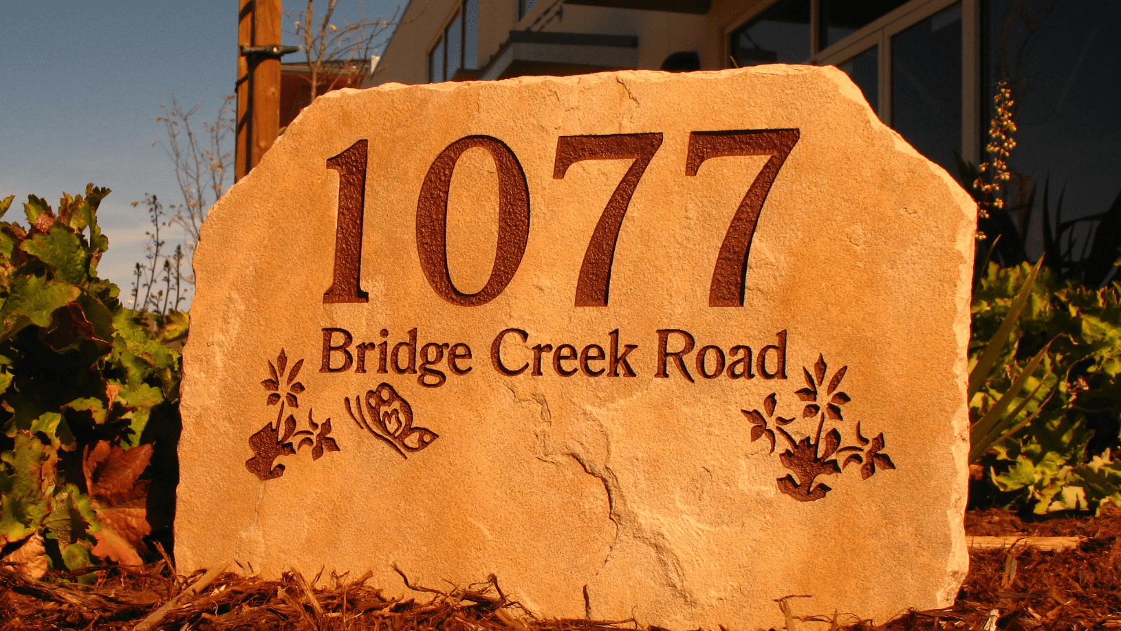 Butterfly and flowers address marker