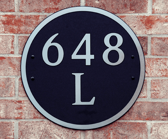 Estate Round Composite Plastic Address Plaque