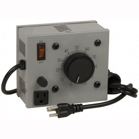 Staco L1010BVA - Variable Transformer, Single Phase, 10Ao, 0-140Vo, 1.4kVA, Plug and Cord, Cased, Bench