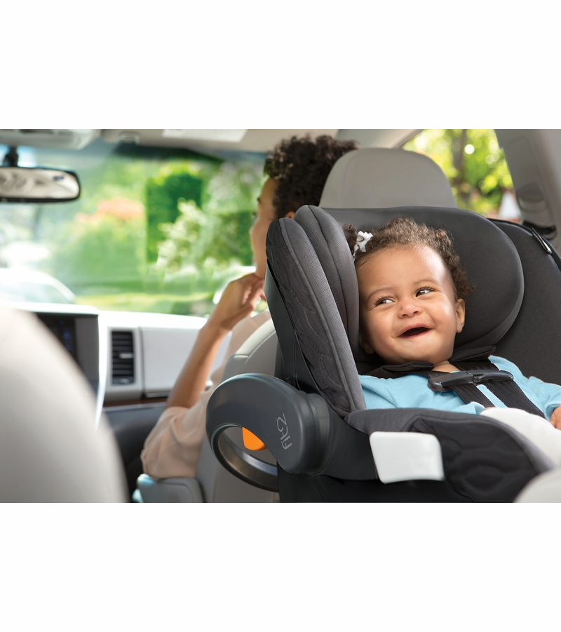 Chicco Fit2 Rear Facing Infant Toddler Car Seat 2017 Fleur