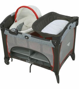 Graco Pack 'n Play with Newborn Napper DLX - Solar