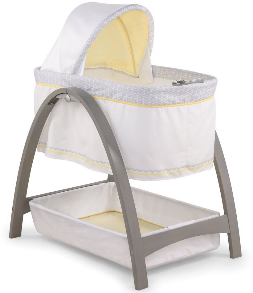 Summer Infant Products Bentwood Motion Bassinet - Chevron...