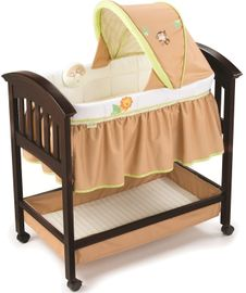 Summer Infant Wood Bassinet - Swingin Safari