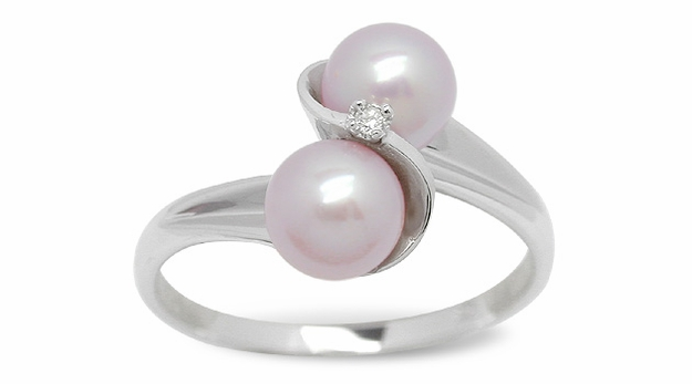 Alena a Freshwater Cultured Pearl Ring