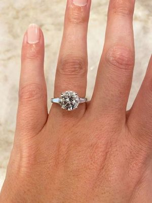 3 Carat Round Brilliant Diamond Engagement Ring with Baguettes