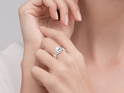 South Sea Pearl Ring Flow Style