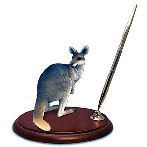 Kangaroo Pen Holder