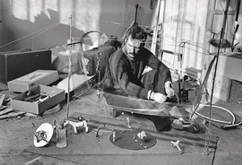 Featured image is reproduced from 'Alexander Calder: From the Stony River to the Sky.'