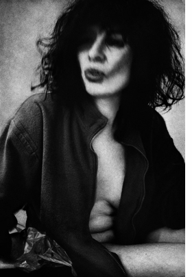 Featured image is reproduced from 'Anders Petersen: City Diary #5'.
