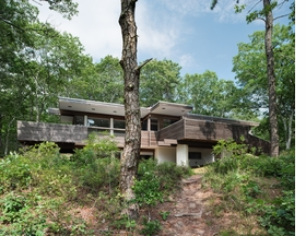 Featured image, of Serge Chermayeff's 1954 Wilkinson House, is reproduced from <I>Cape Cod Modern</I>.