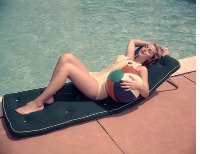 Celebrate Summer with 'The Swimming Pool in Photography'
