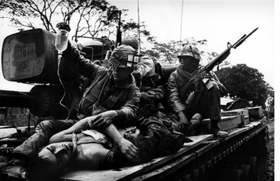 Don McCullin, US Soldier Rescuing Vietnamese Woman