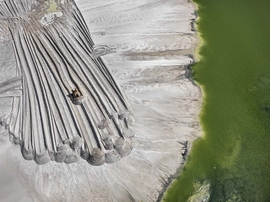 Featured image is reproduced from 'Edward Burtynsky with Jennifer Baichwal and Nick de Pencier: Anthropocene.'