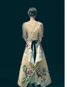 Featured image is reproduced from 'Erik Madigan Heck: The Garden'.