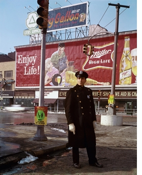 Featured image is reproduced from 'Evelyn Hofer: New York.'