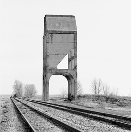 Featured image is reproduced from 'Jeff Brouws: Silent Monoliths.'