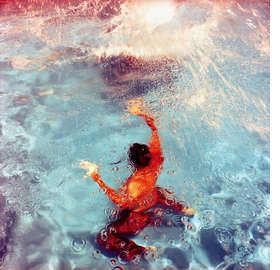 Featured image is reproduced from 'Karine Laval: Poolscapes.'