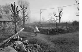 Featured image is reproduced from 'Raymond Depardon: Rural.'