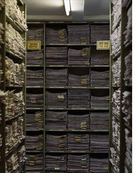 Featured image is reproduced from 'Richard Ehrlich: The Arolsen Holocaust Archive'.