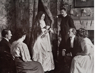 Seance vs. Science in 'The Spectacle of Illusion'
