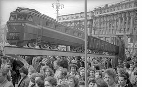 Above: Emmanuil Evzerikhin. The model of a train on Komsomolskaya square as a decorative element, 1937. Courtesy: private collection. From 'Station Russia.'