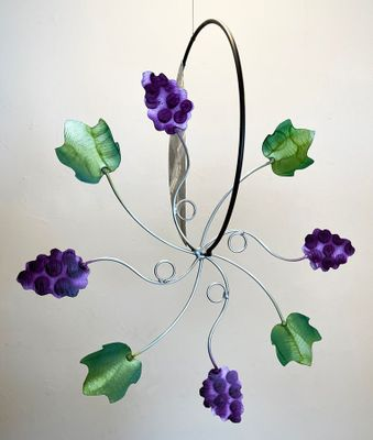 """GRAPEVINE"" <P>24"" HANGING GARDEN WHEEL"
