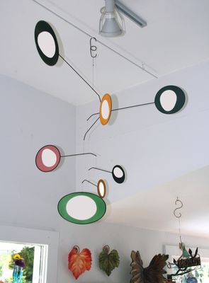 VERTICAL-OHM Hanging Mobile
