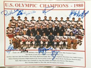 1980 Miracle on Ice USA Olympic Hockey Team autographed 11x14 photo (Neal Broten Mike Eruzione Ken Morrow)