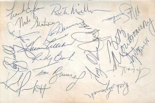 1985 Minnesota Twins team autographed album page (Kirby Puckett Harmon Killebrew)