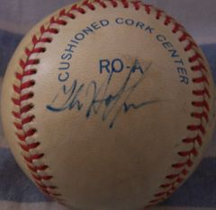 1987 Boston Red Sox autographed AL baseball (Mike Greenwell Dave Henderson Glenn Hoffman)