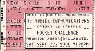 1990 Los Angeles Kings vs. Pittsburgh Penguins preseason ticket stub (Wayne Gretzky Jaromir Jagr Mario Lemieux)
