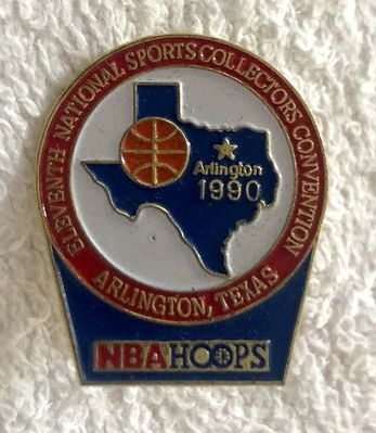 1990 NBA Hoops basketball National Sports Collectors Convention (Arlington) pin