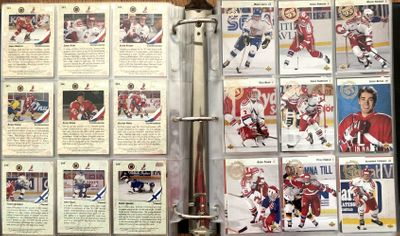 1993-94 Upper Deck NHL Hockey complete 575 trading card set in Ultra Pro sheets