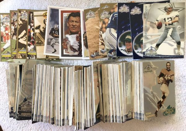 Lot of 325 assorted 1994 Roger Staubach Ted Williams football cards with 15 inserts and promo card P1