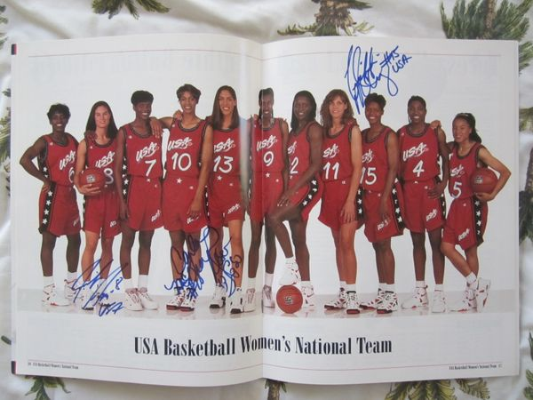 1996 U.S. Olympic Women's Basketball Team autographed photo (Jennifer Azzi Rebecca Lobo Nikki McCray Carla McGhee)