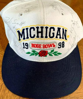 1997 Michigan Wolverines National Champions autographed Rose Bowl cap (Charles Woodson Dhani Jones Jerame Tuman)