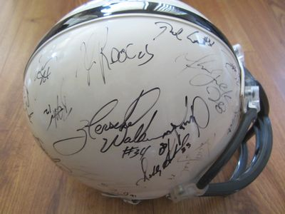 1999 NFL Players autographed full size helmet (Tiki Barber Tim Brown Marshall Faulk Thurman Thomas Herschel Walker)